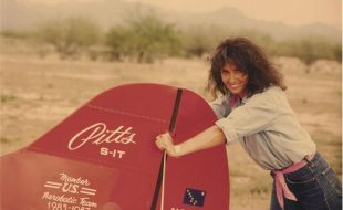 Extra 300S: Patty Wagstaff and her Magic Machine