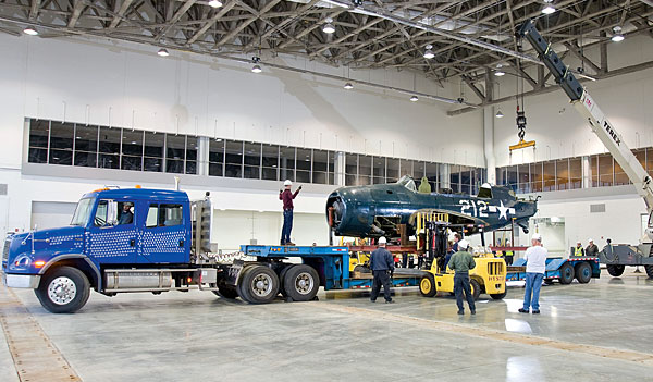 Helldiver arrives at Udvar-Hazy Museum
