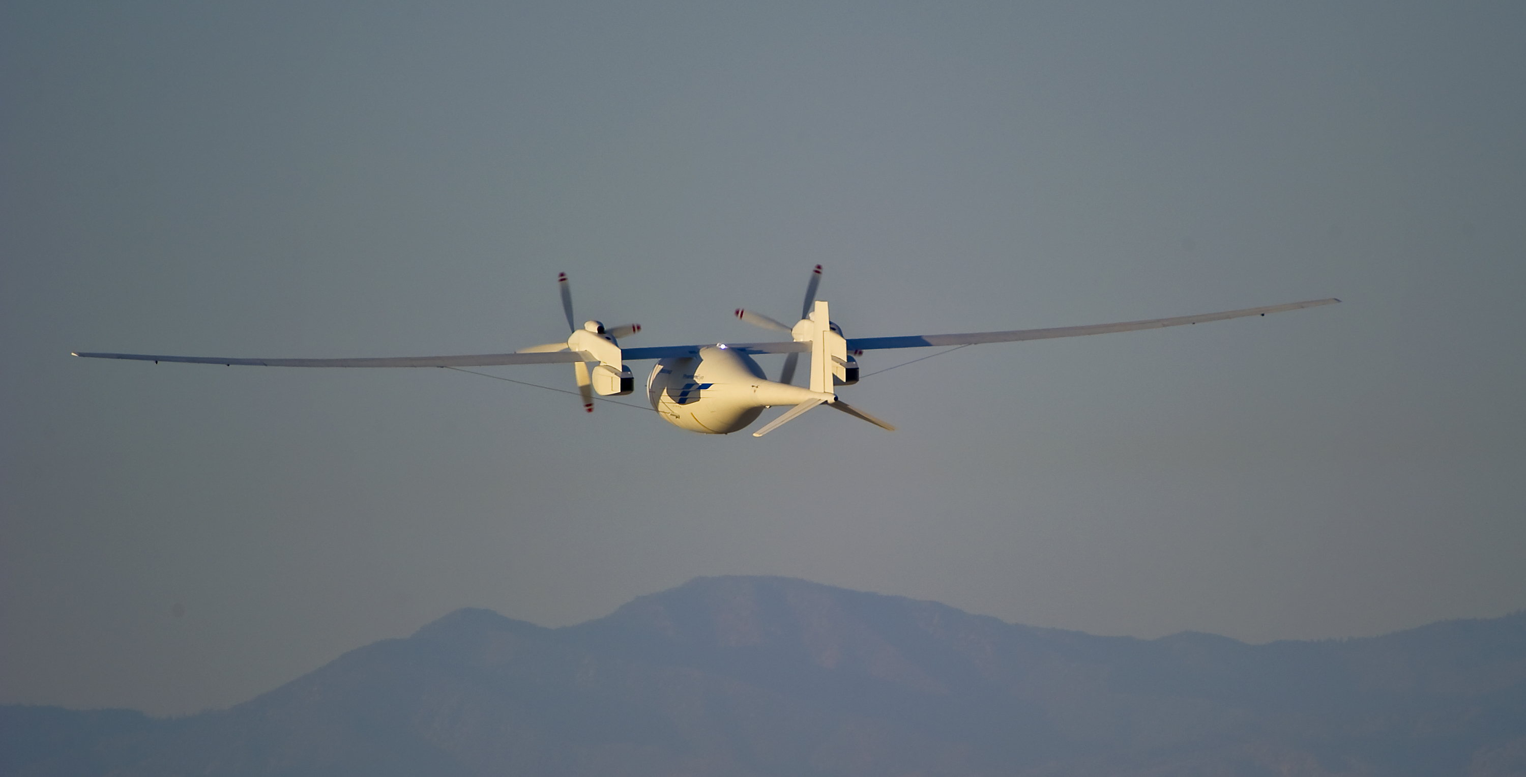 First Autonomous Flight for Boeing Phantom Eye is a Success