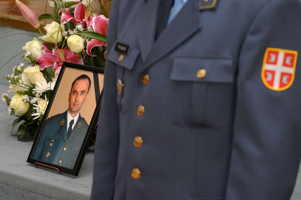 Military Trainer Crashes in Northern Serbia, Killing Pilot
