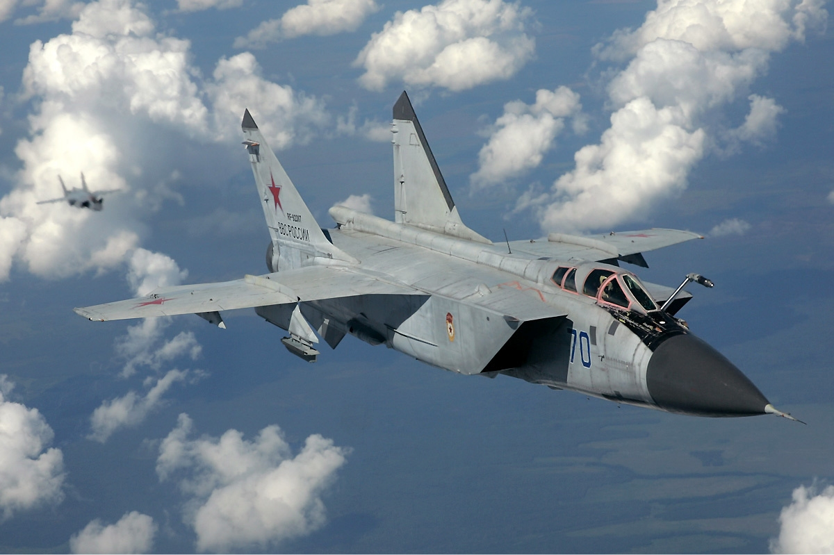 Russia to Base MiG-31 Interceptors in Arctic