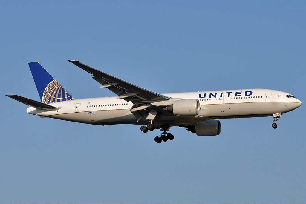 Attendants' fight sends United flight back to N.C.