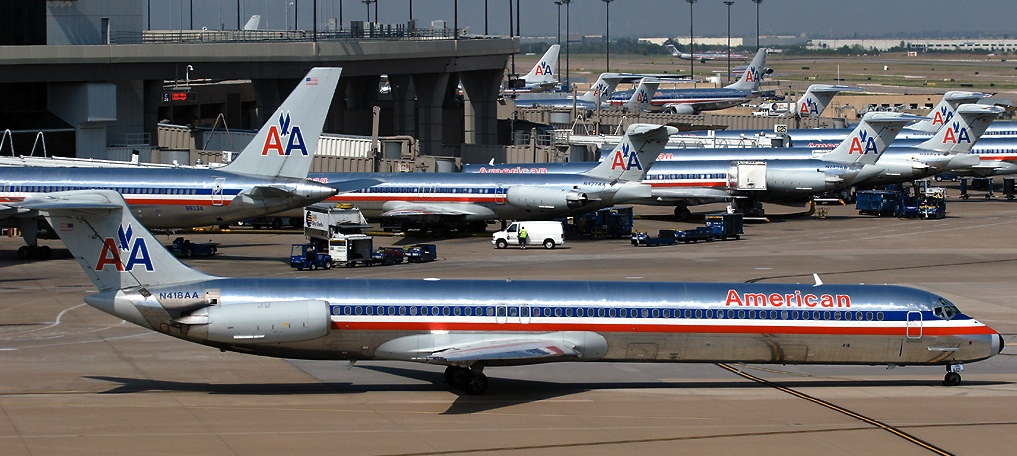 American Airlines Plans to Hire 2,500 Pilots