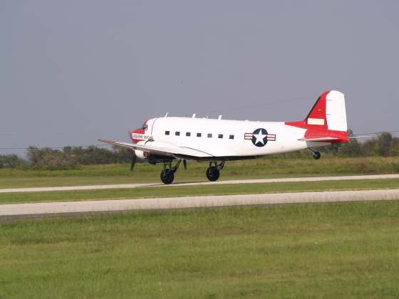 Ohio Residents Report Aerial Mapping DC-3 to Police