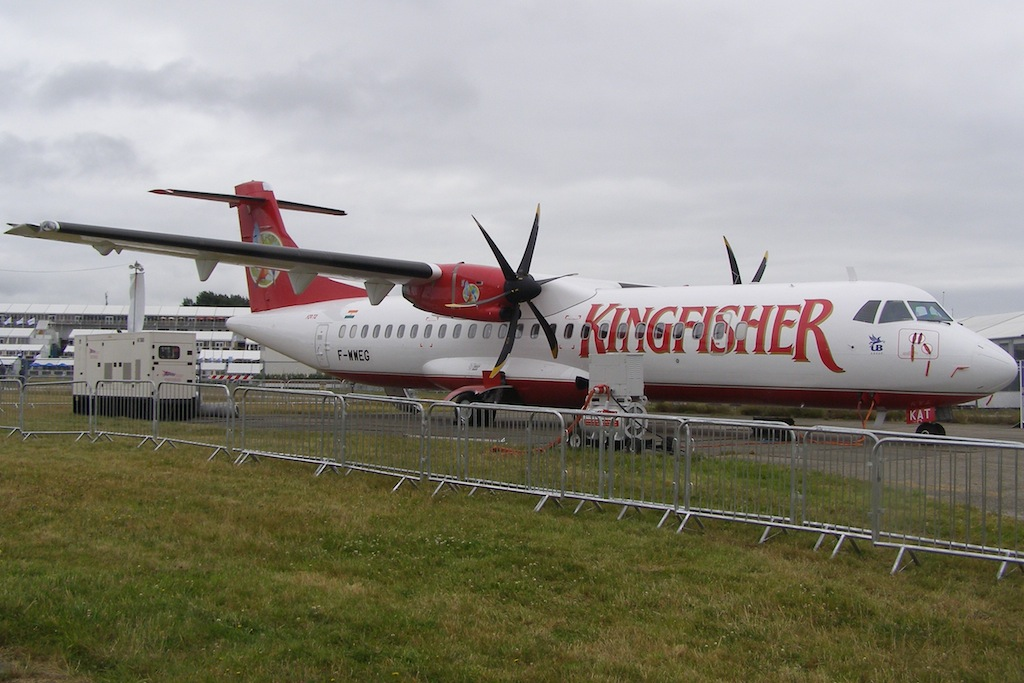 India Suspends Kingfisher Airlines' License Amid Strike