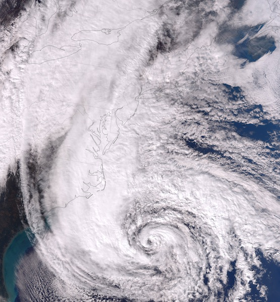 Sandy Ravages Airline Schedules as Toll Rivals Blizzards'