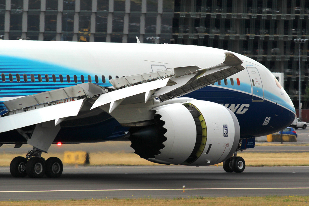 Boeing Deliver First S.C.-Made 787