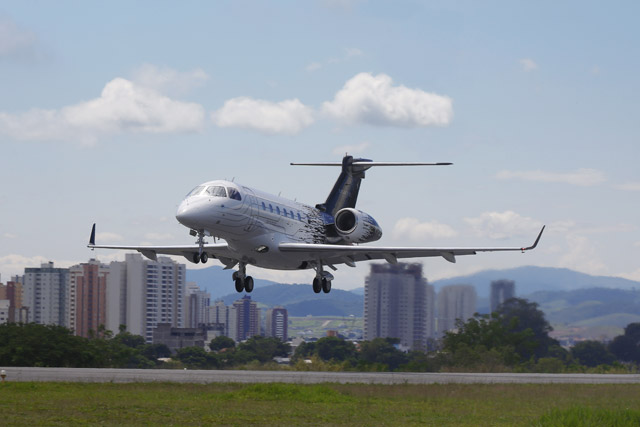 Legacy 500 Makes 'Flawless' First Flight