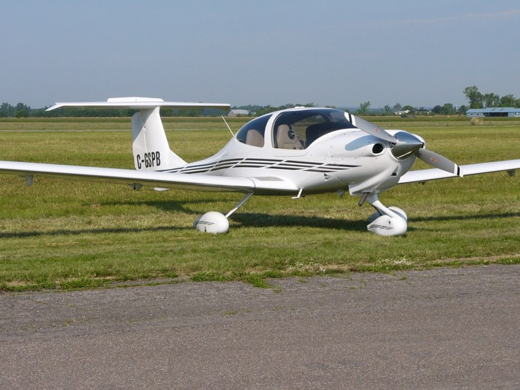 DA40 Crashes in Georgia, Pilot Killed