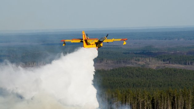 Flying the Canadair CL 415 Super Scooper