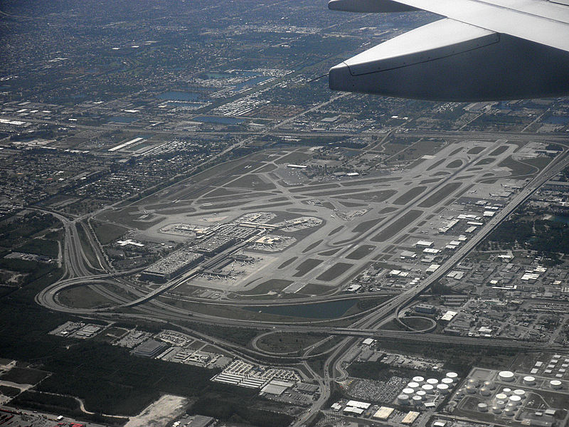 Two Airliners Damaged at Fort Lauderdale Airport