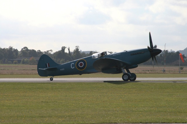 Spitfire Collapses on U.K. Runway