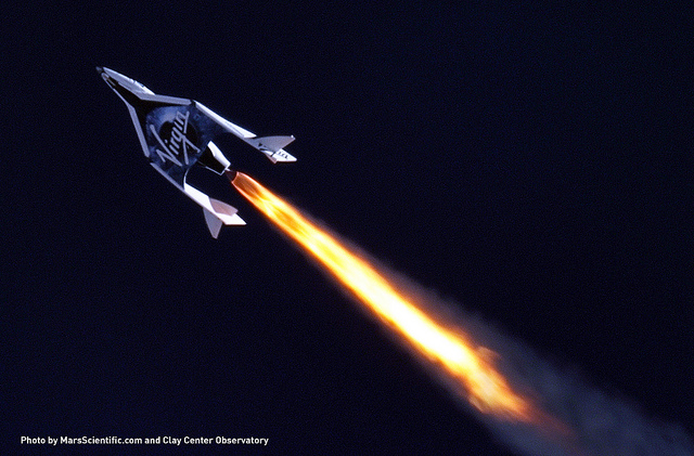 SpaceShipTwo Goes Supersonic in First Rocket Flight