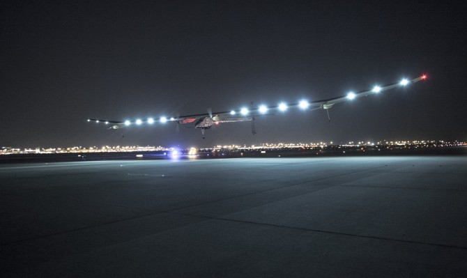 Solar Impulse Sets Record on Arizona-Texas Leg