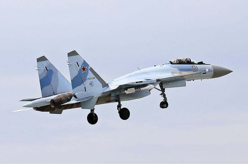 Russian Fighter Tops Flying Demos at Paris