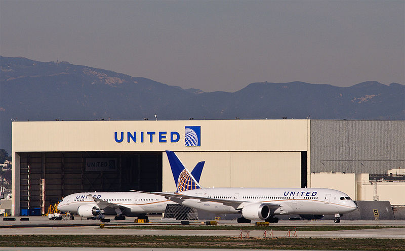 Second United 787 Makes Diversion for Oil