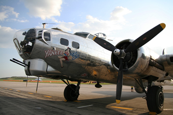 'Yankee Lady' B-17 Bomber Quite a Sight in N.J.