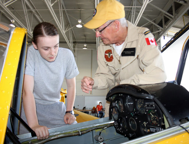 Canadian Cadets to Fly in Warbirds