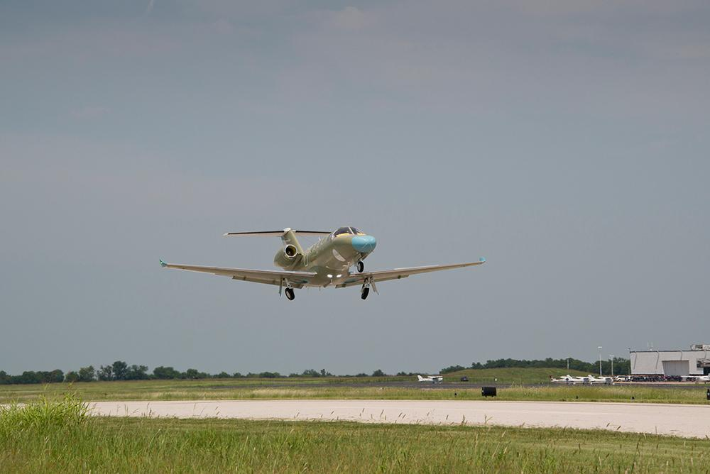 Cessna Citation M2 Makes First Flight