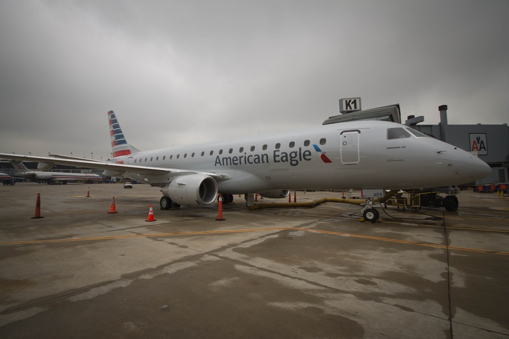 American Eagle Debuts New E-175
