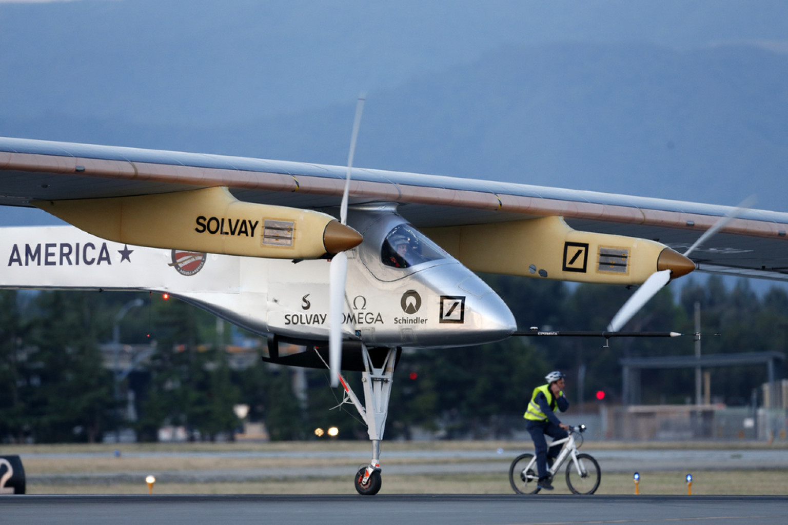 10 Electric Airplanes to Watch