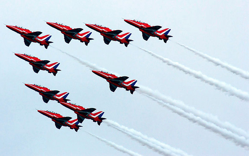 Red Arrows to Close Duxford Air Show