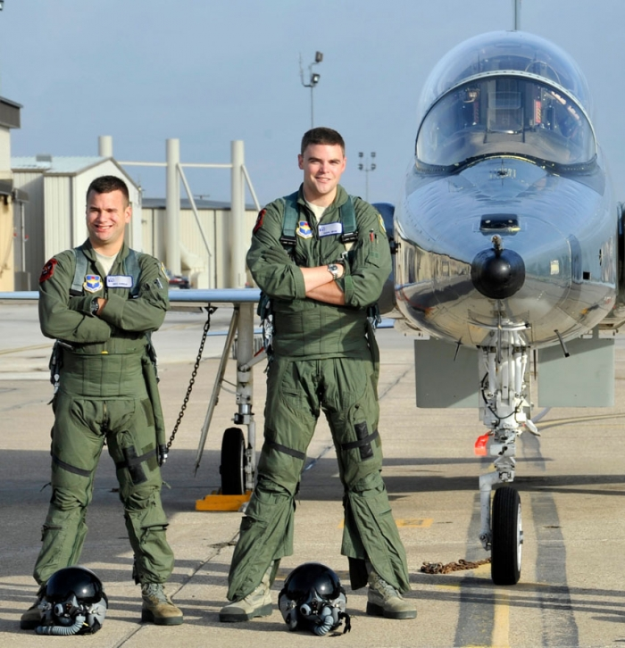 USAF Pilots Train in Small World