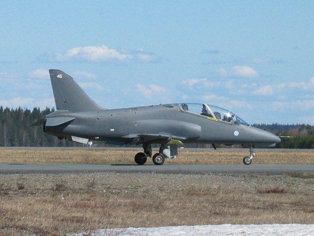 Finnish Hawks Collide in Midair, Pilots Eject