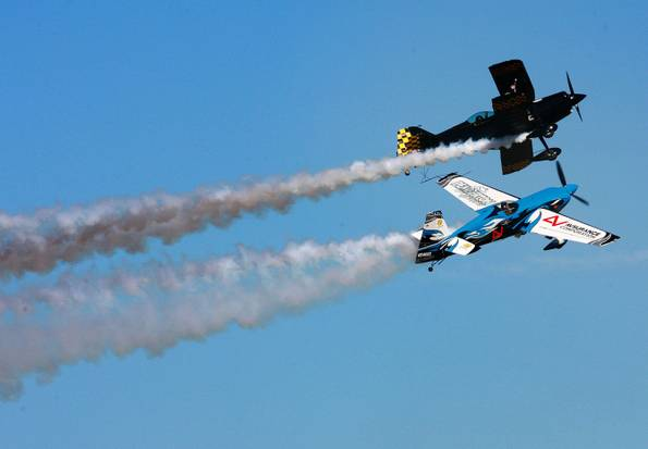 Hemet-Ryan Air Show Thrills Crowd