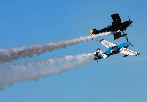 Hemet-Ryan Air Show Thrills Crowd