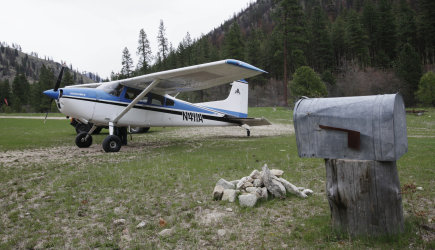 76-Year-Old Keeps Flying the Mail