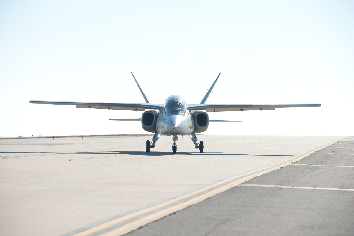 Scorpion Prototype Makes First Flight