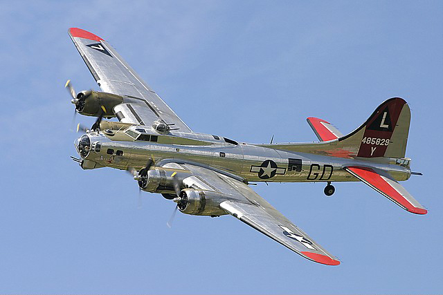 Vets Offered Free Rides on B-17 'Yankee Lady'