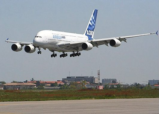 Four Airlines Set to Get Airbus A380s