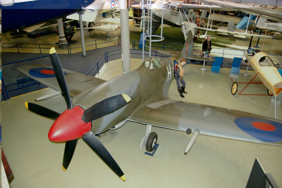 'Borrowed' England Spitfire Heads Home
