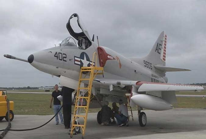 Valiant Air Command Debuts A-4C Skyhawk