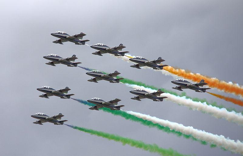 Italian Flight Demo Team Shows Skills