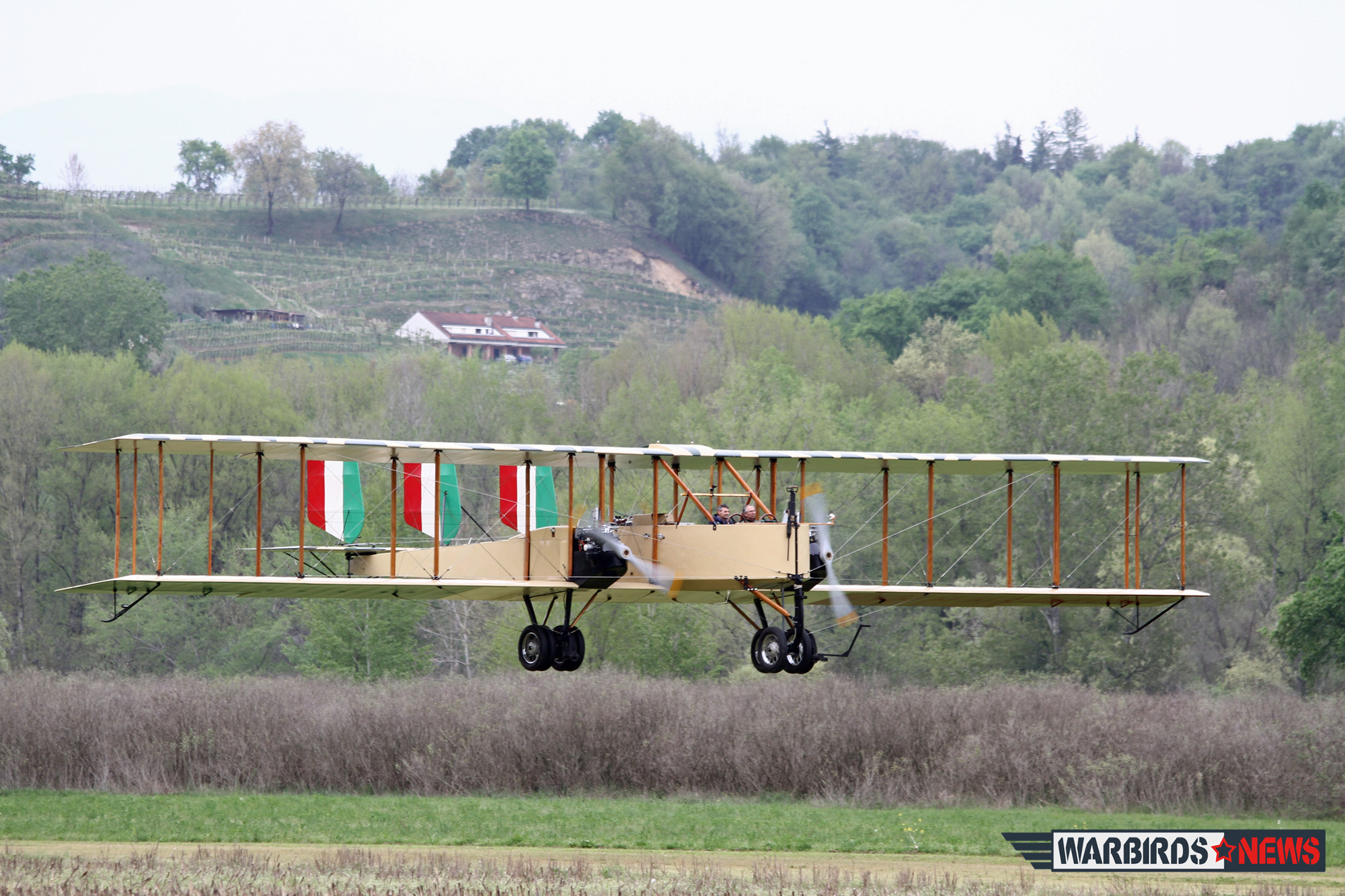 Replica Caproni CA.3 Makes Test Flight