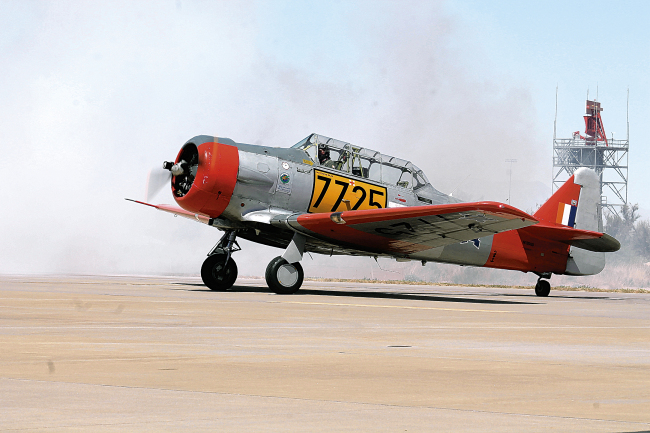 Holloman AFB Hosts Air Show