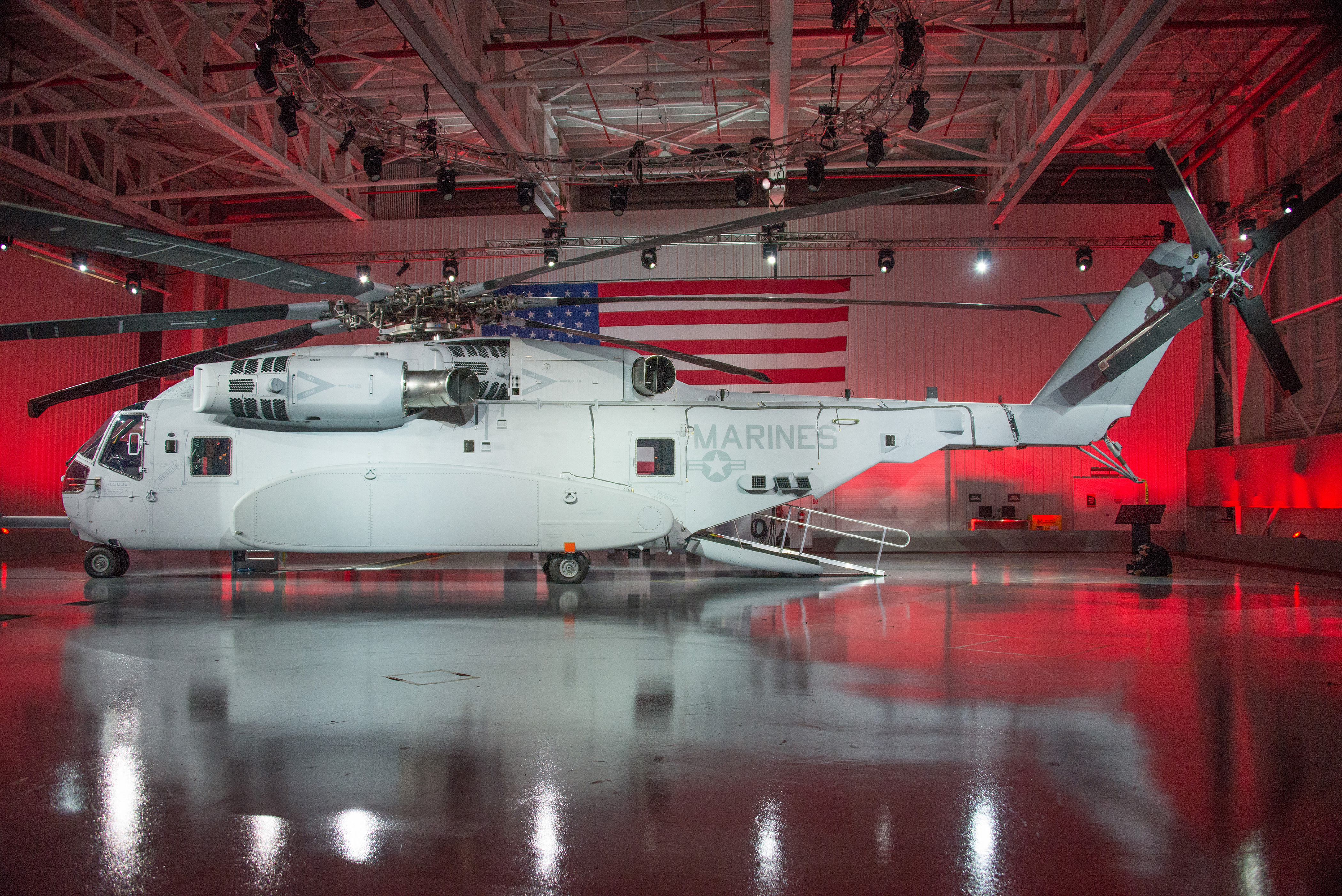 Sikorsky Unveils CH-53K for Marine Corps