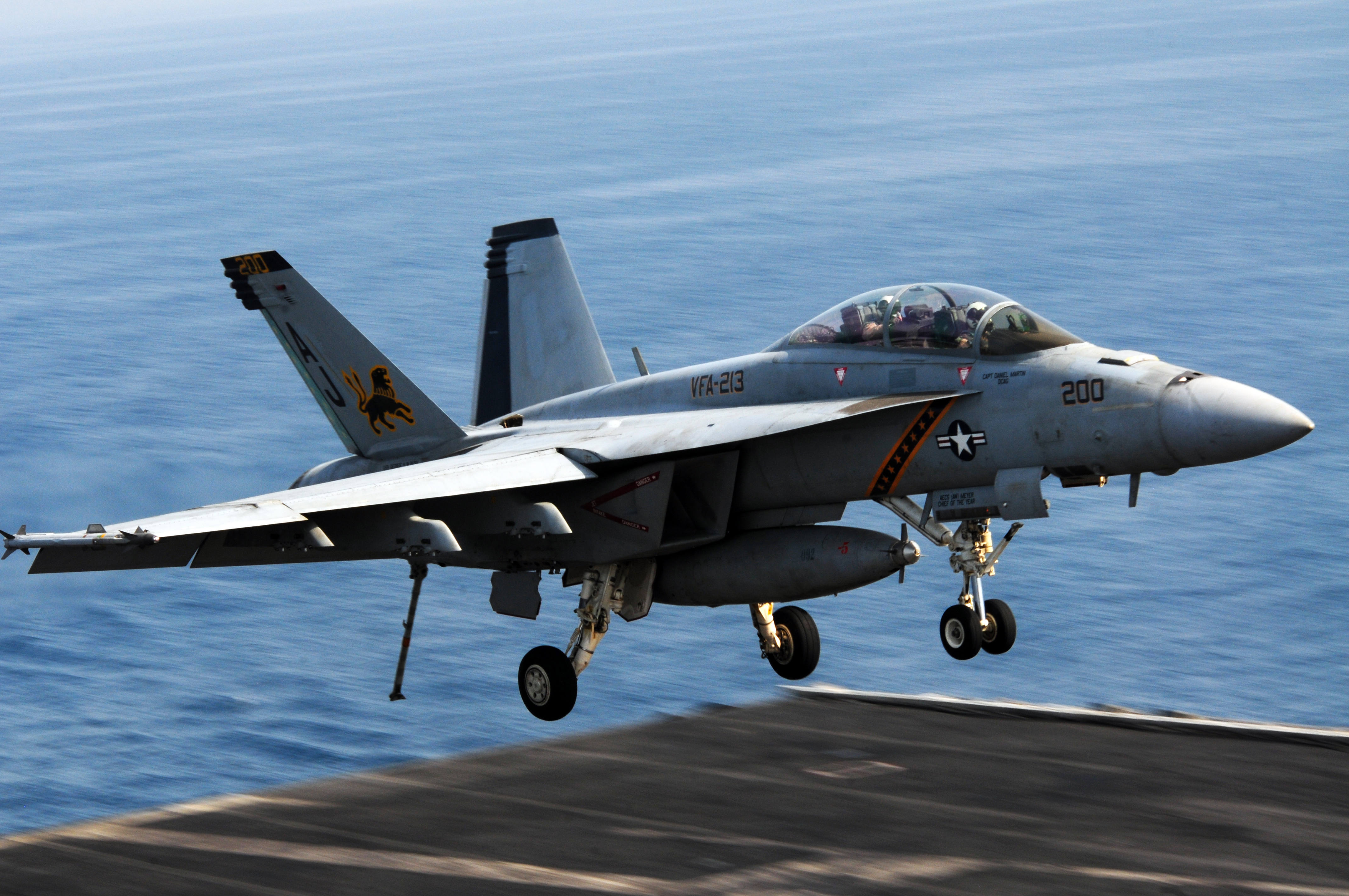 Boeing to Build More F/A-18s, EA-18Gs