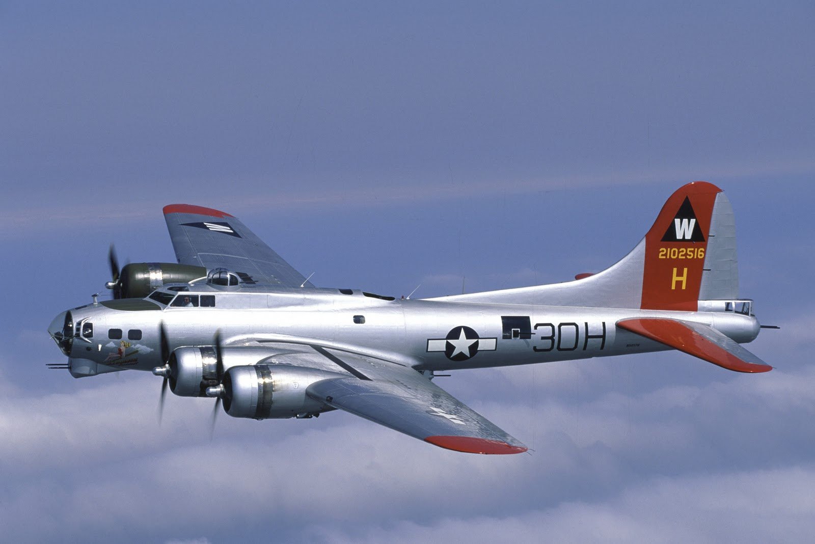 'Heavy Bombers' Return to Wisconsin