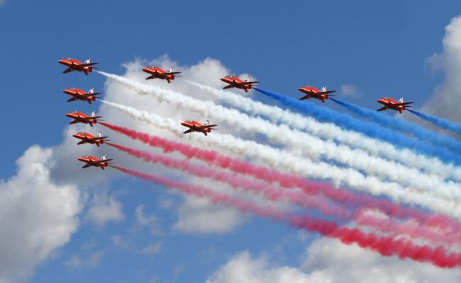 Military Planes Wow at Farnborough