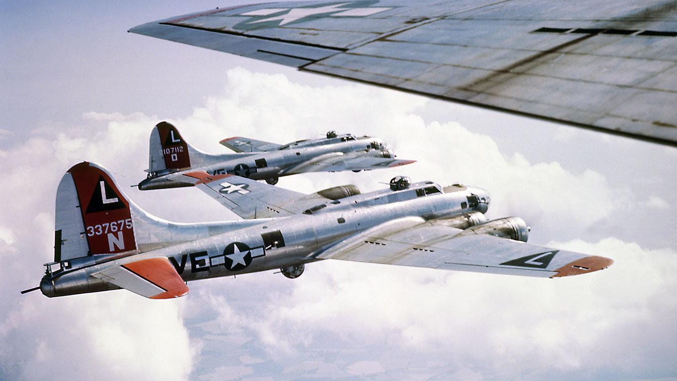 532nd bomb group b-17s in formation - screen saver - flight journal
