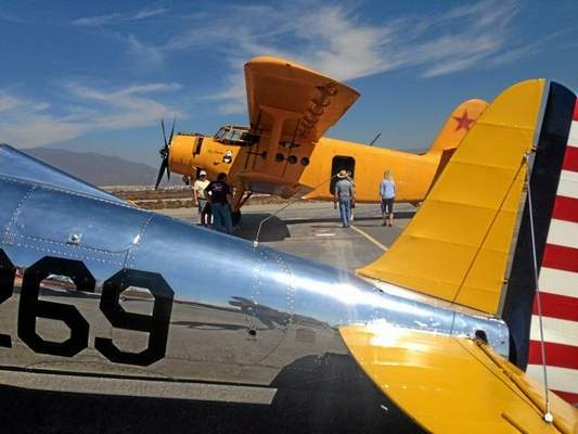 Final Fly-in Honors Art Scholl