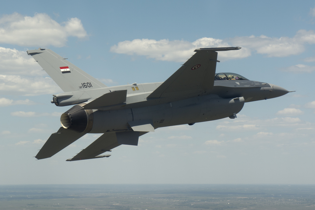Iraqi Pilots, F-16s to Train Stateside
