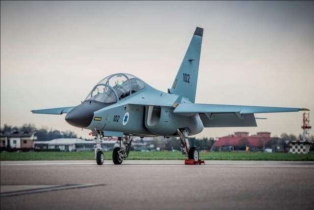 Israeli Cadets Get New Jet Trainers