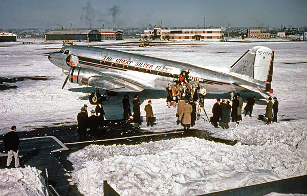 DC-3 Gooney – Memories of First Flight