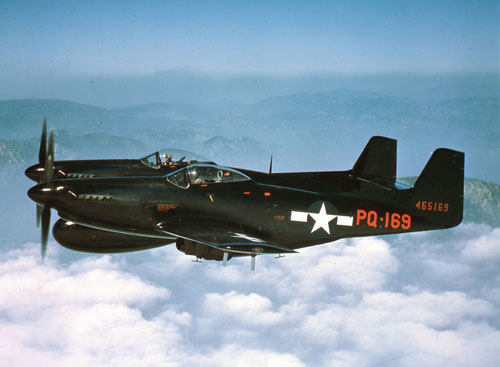 F-82B Twin Mustang – Free Wallpaper