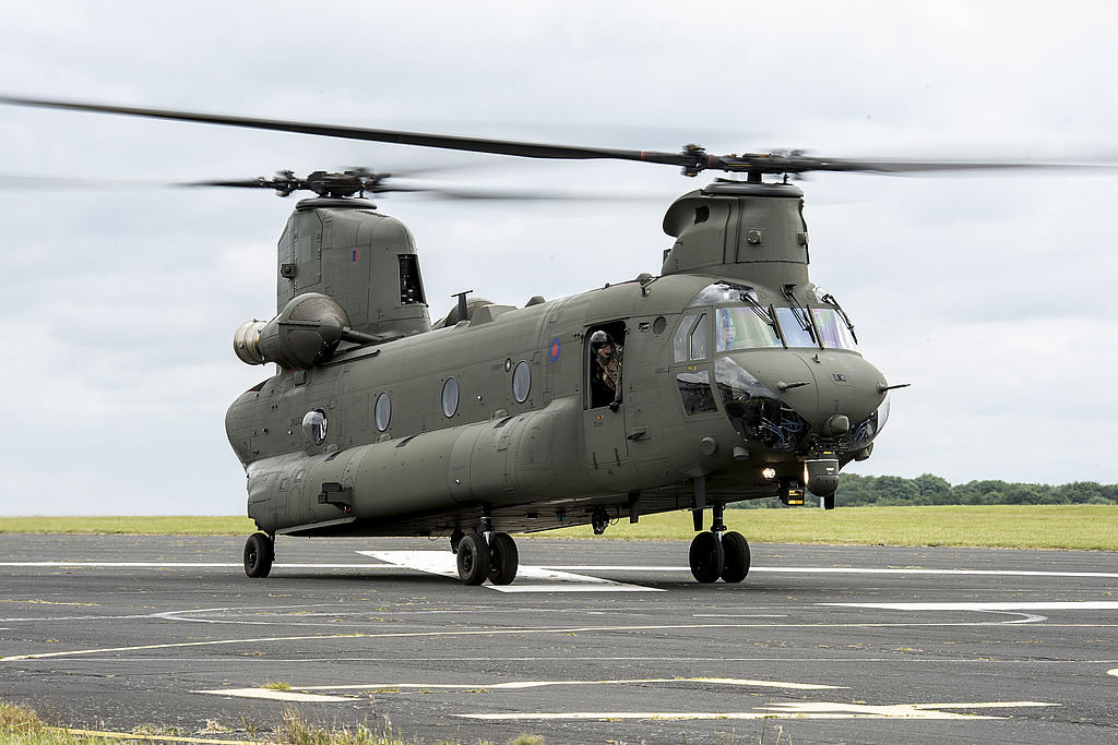 RAF Gets Final Chinook HC6s